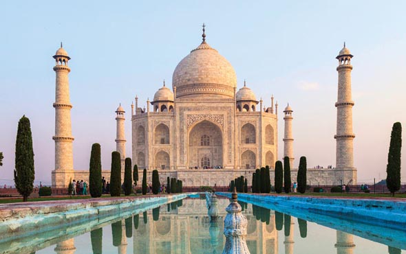 Taj Mahal & the Treasures of India