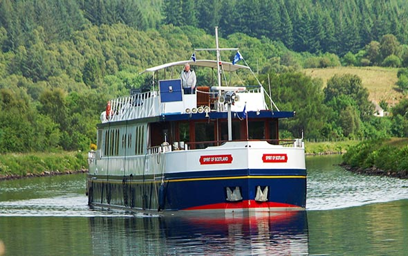 'Spirit of Scotland' - Caledonian Canal & Loch Ness