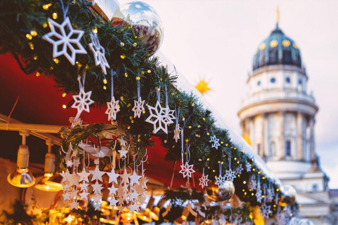 Festive Danube (Vienna (Wien) to Budapest)