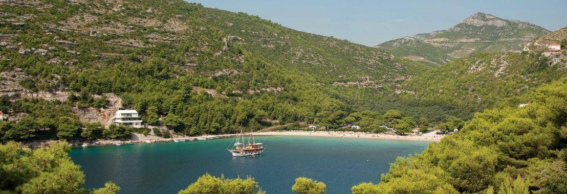 Dalmatian Elegance upper deck deluxe cabin (Summer 2019)