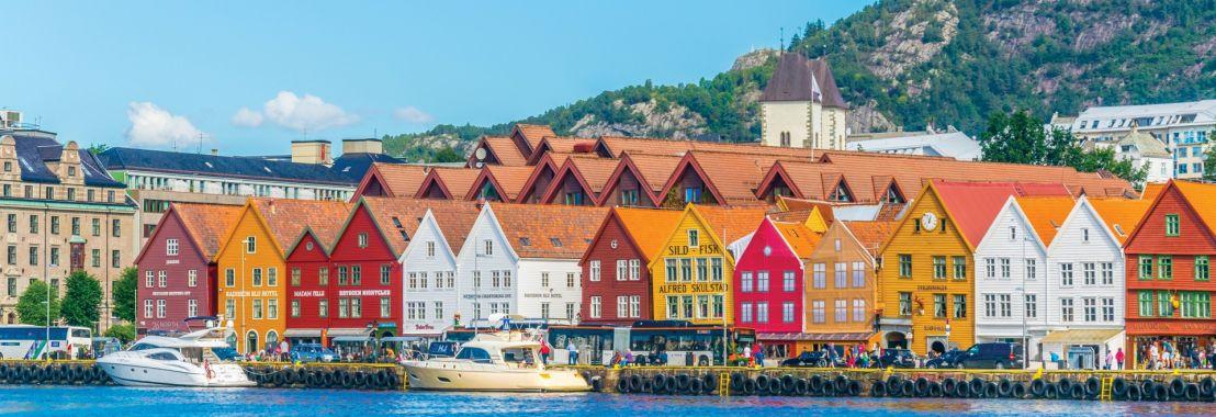 Timeless Scandinavia - Luxury Gold